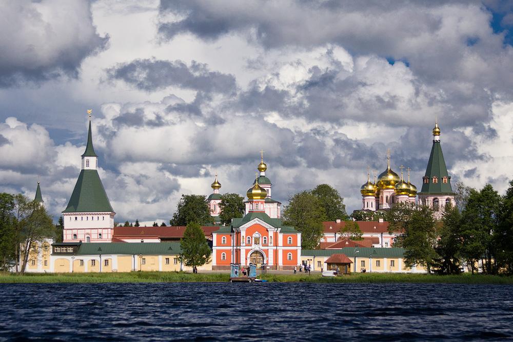На фото: Паломничество. В святых обителях России, автор: Komissarov