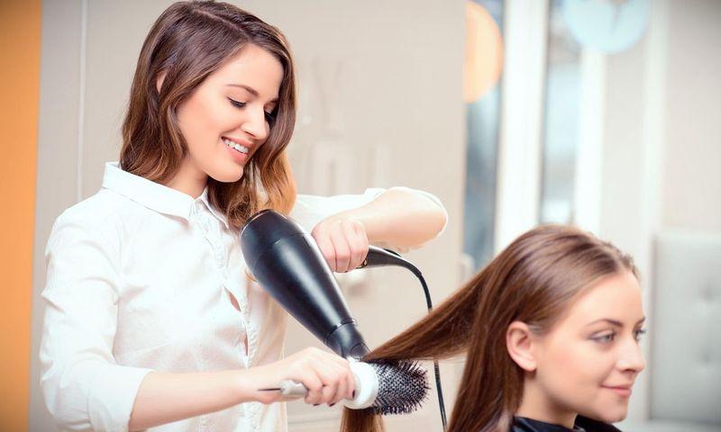 На фото: Как, чему и где учили на парикмахеров, автор: admin