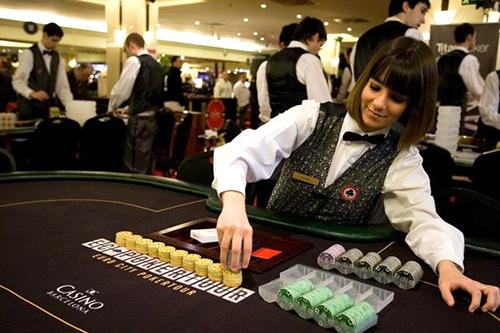 """На фото: Законодатели Украины смотрят на Россию: но азартный бизнес пока остается в """"тени"""" (авторский репортаж), автор: admin"""