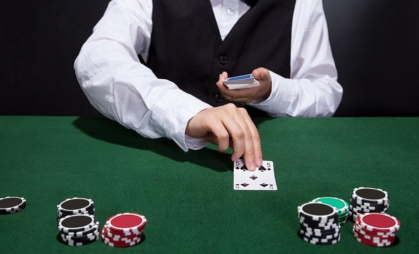 На фото: Где же поиграть заезжему туристу? Психология азартных игр, автор: admin