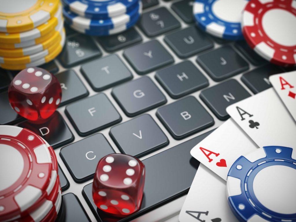 """На фото: В Беларусь - поиграть в рулетку, на """"Азино777"""" и в покер (авторский репортаж), автор: admin"""