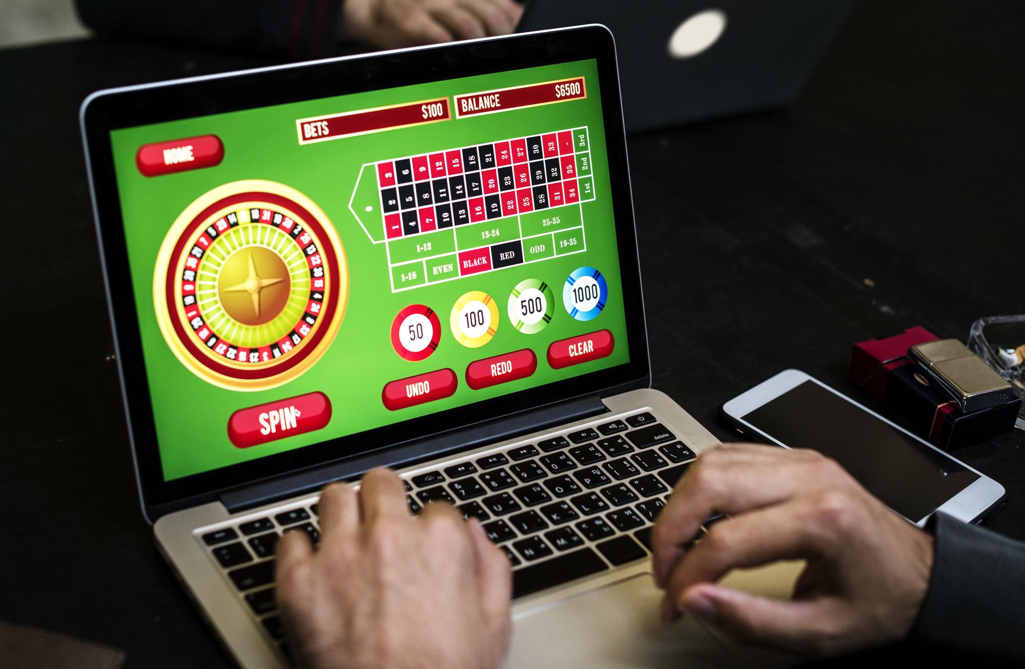 На фото: Pin Up oyun təsisatı - bütün istifadəçilər üçün ən əlverişlidir, автор: admin