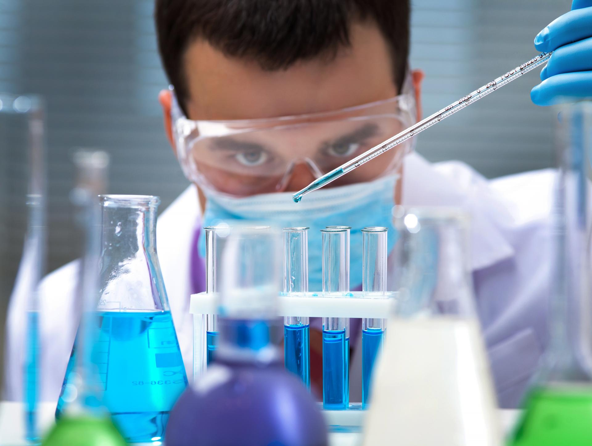 На фото: Сдаем ЦТ по химии, автор: admin
